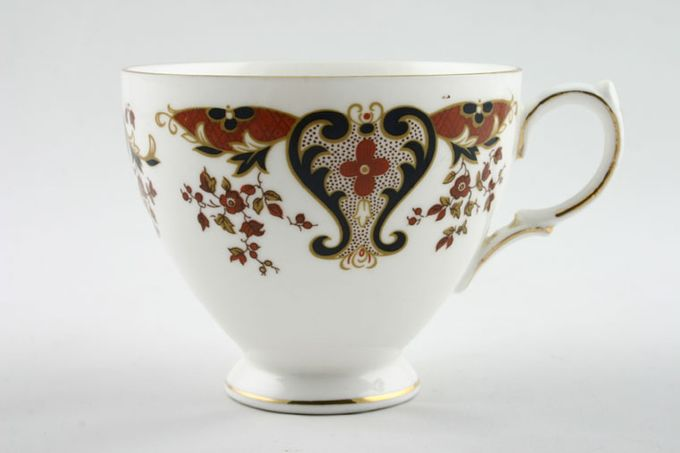 Colclough Royale - 8525 Teacup Leigh shape I 3 3/8 x 2 7/8""