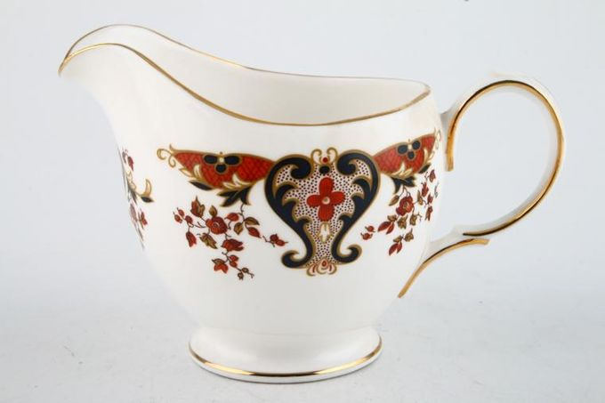 Colclough Royale - 8525 Milk Jug 1/2pt