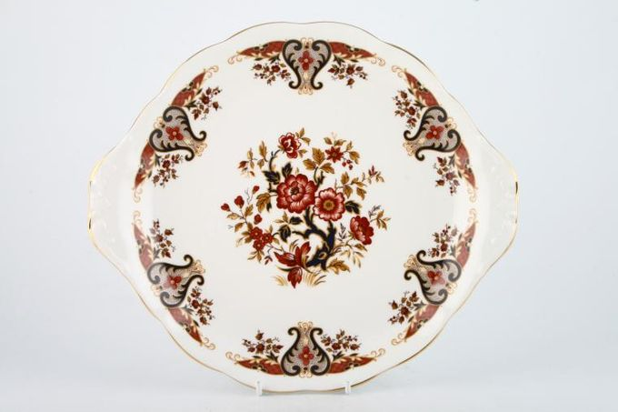 Colclough Royale - 8525 Cake Plate round - eared - slight well - 10 1/4""
