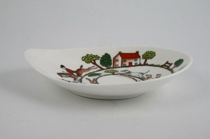 Crown Staffordshire Hunting Scene Dish (Giftware) Bon-Bon 6 3/4""