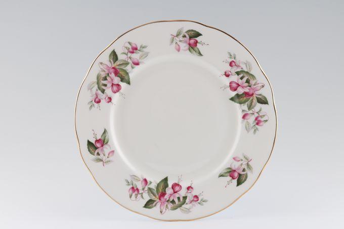 "Duchess Fuchsia Breakfast / Lunch Plate 9 1/2"""