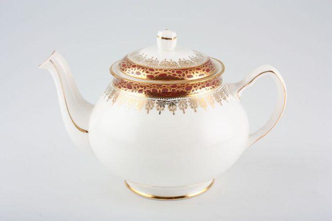 Duchess Winchester - Burgundy Teapot 3/4pt
