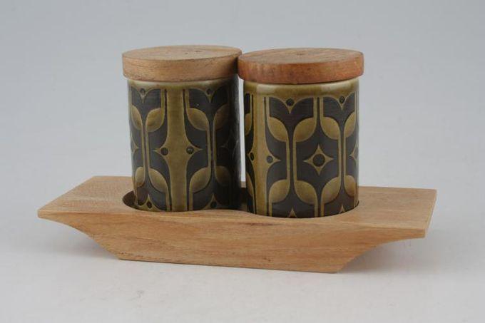 Hornsea Heirloom - Green Cruet Set Salt - Pepper on tray