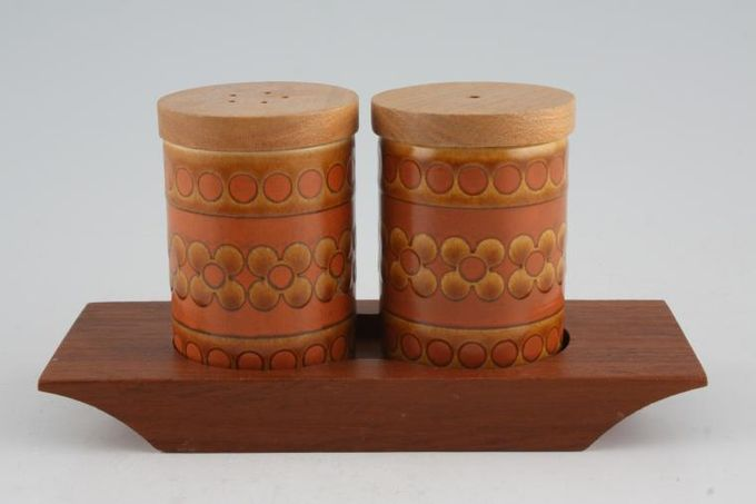 Hornsea Saffron Cruet Set Salt - Pepper - on Tray