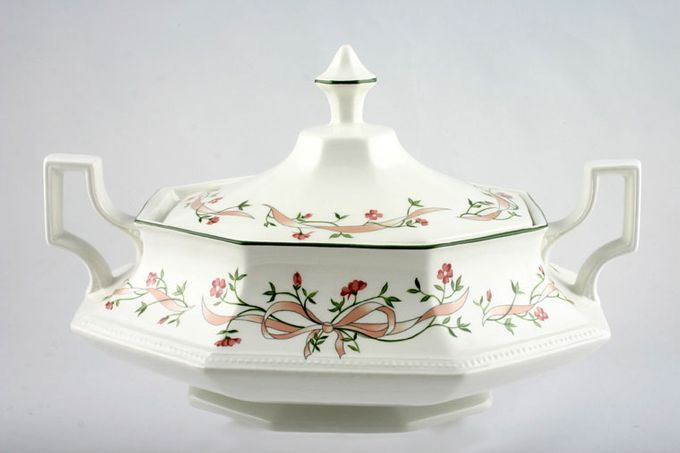 Johnson Brothers Eternal Beau Vegetable Tureen with Lid