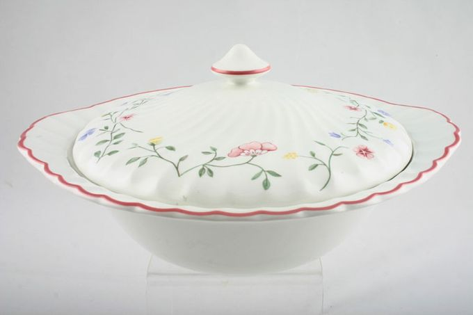 Johnson Brothers Summer Chintz Vegetable Tureen with Lid Eared