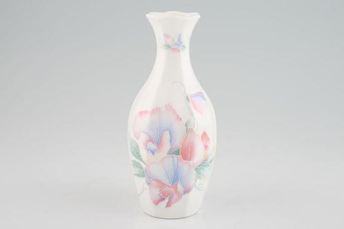 "Aynsley Little Sweetheart Vase Essex vase 6 3/4"""