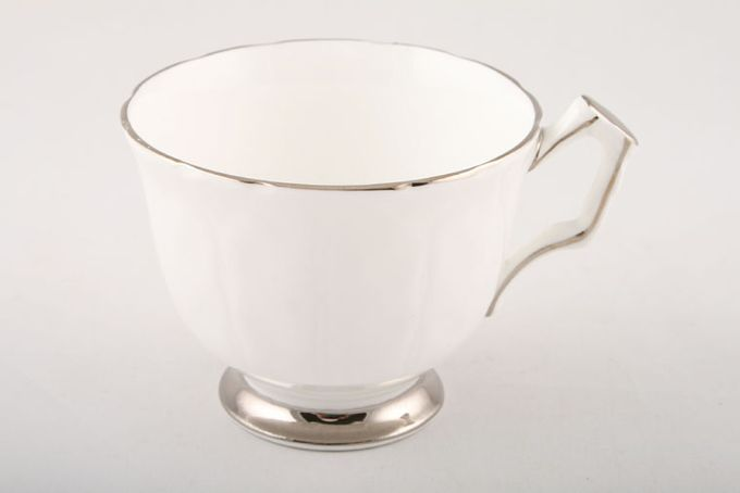 """Aynsley Spring Crocus Teacup 3 3/8 x 2 3/4"""""""