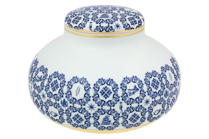 Vista Alegre Transatlantica Low Pot with Lid 33 x 22.5cm