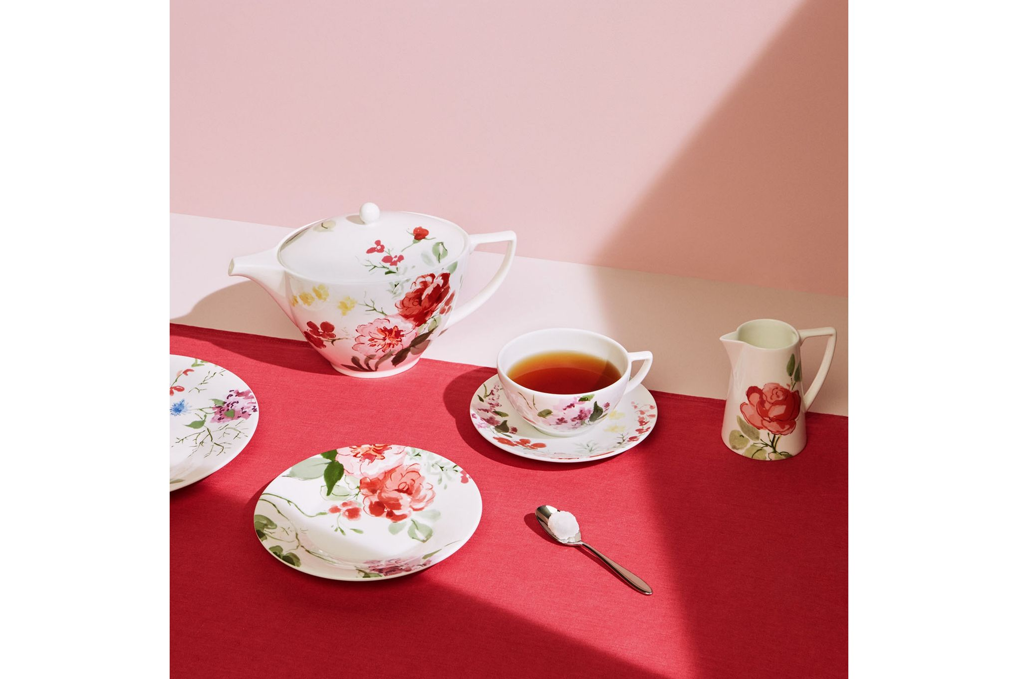 Jasper Conran for Wedgwood Floral Teacup thumb 2
