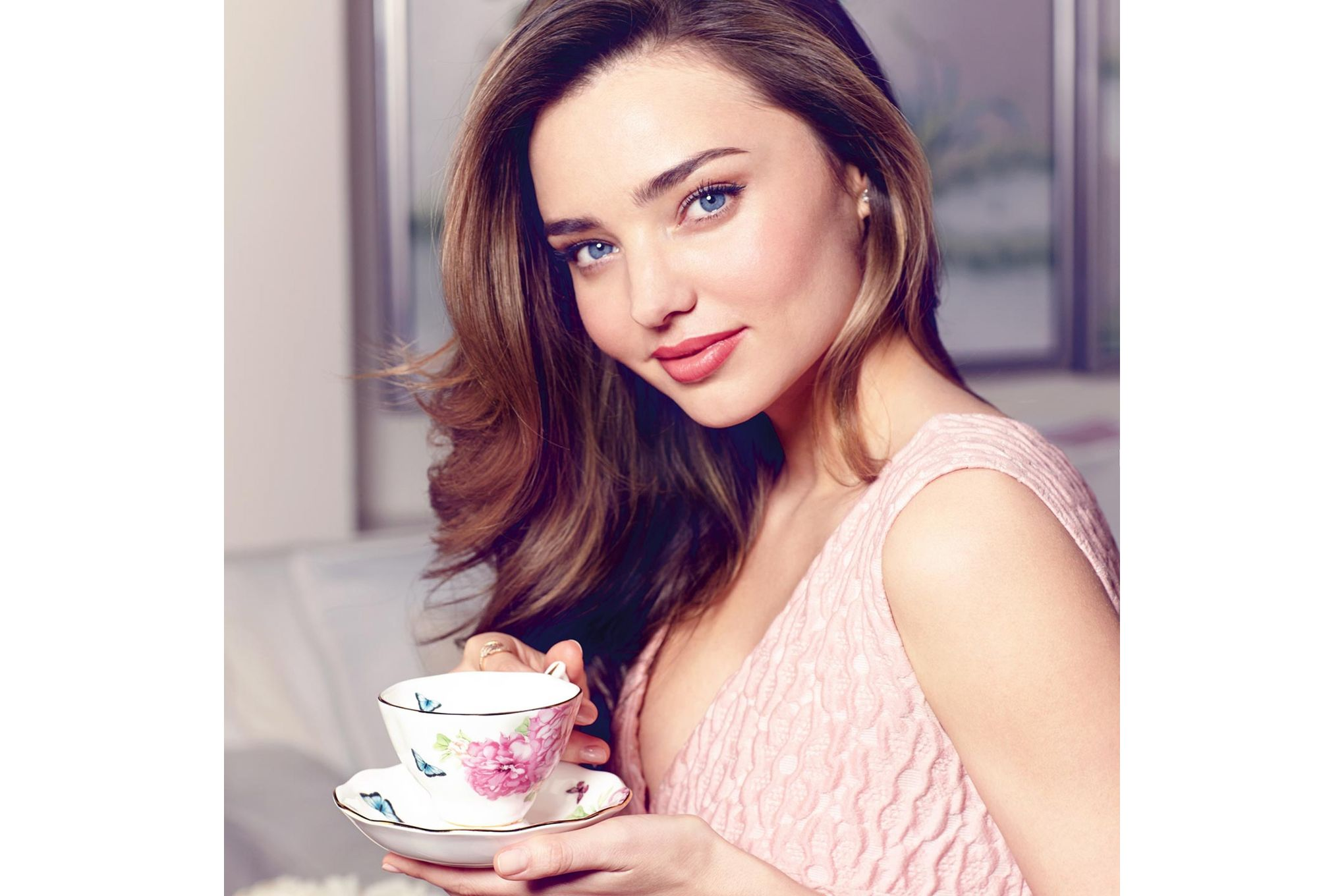 Miranda Kerr for Royal Albert Friendship 3 Piece Set Teacup, Saucer, Plate 20cm Friendship thumb 3