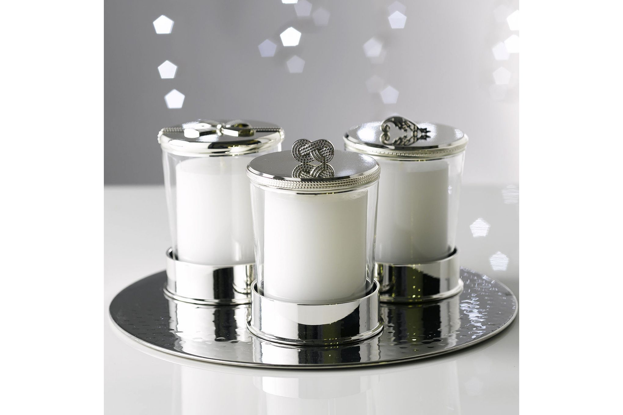 Vera Wang for Wedgwood Gifts & Accessories Covered Candle On Base Infinity thumb 3