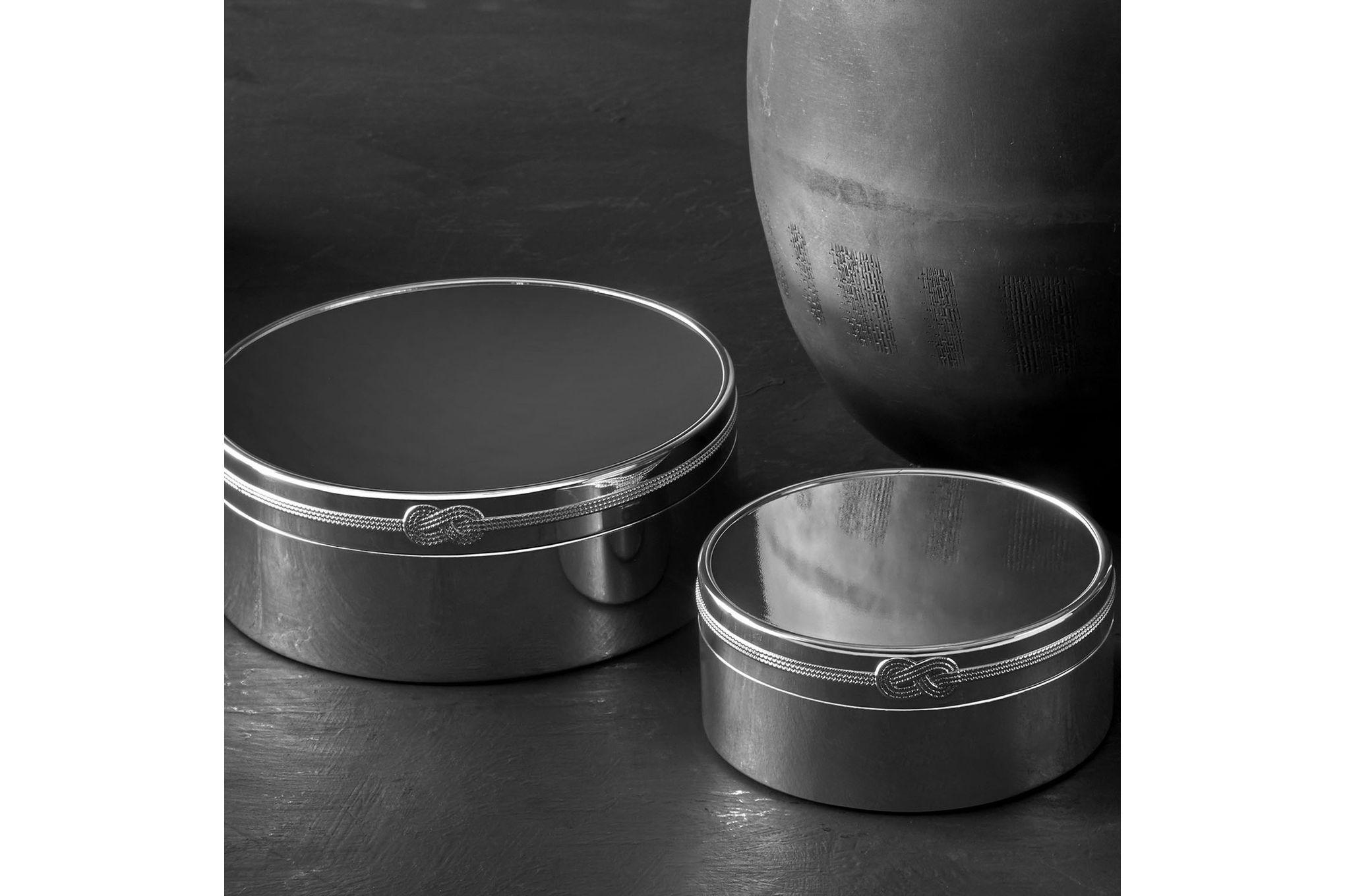 "Vera Wang for Wedgwood Gifts & Accessories Keepsake Box Infinity 7 1/2 x 3 1/2"" thumb 2"