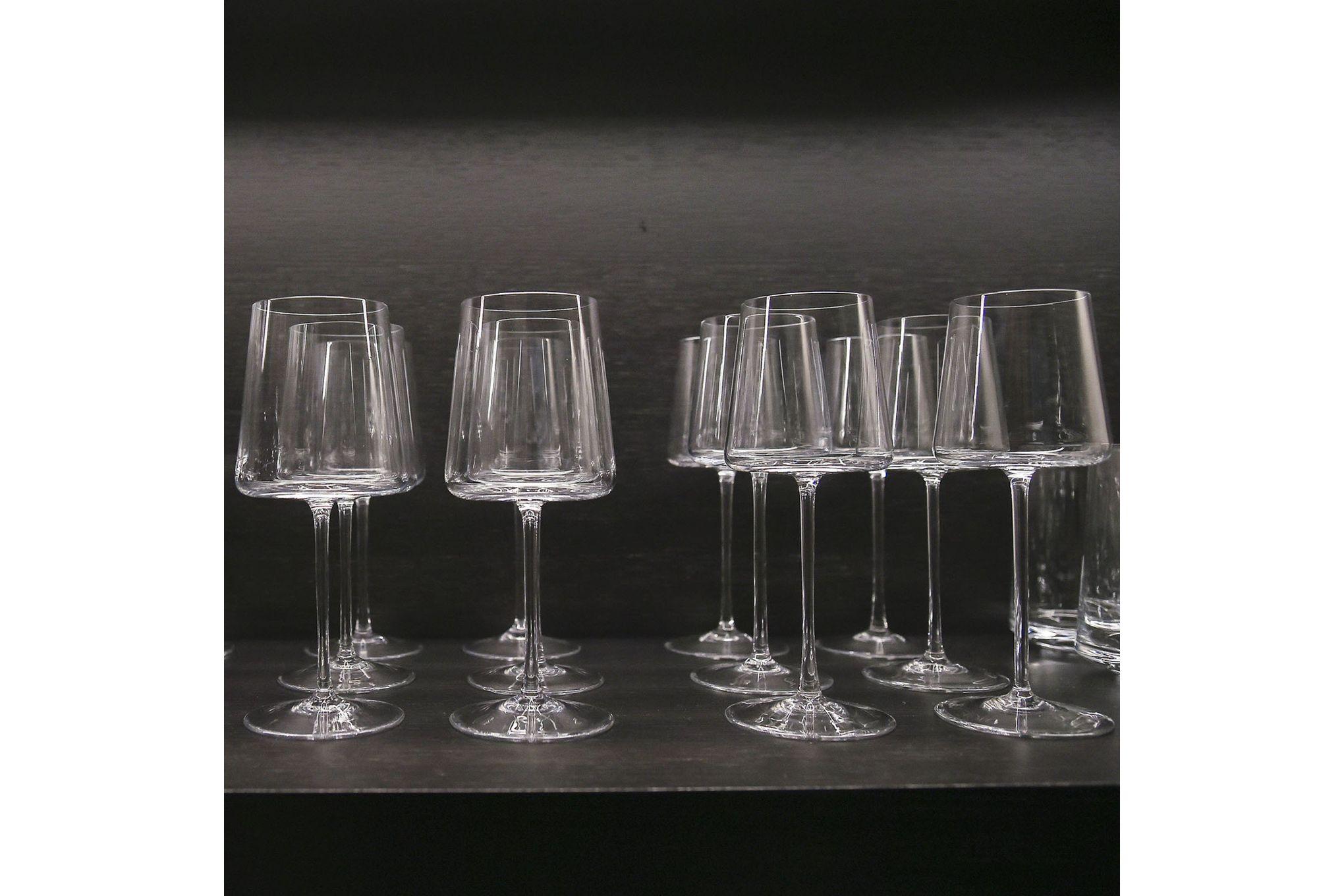 Vera Wang for Wedgwood Metropolitan Wine Glasses - Set of 2 thumb 2