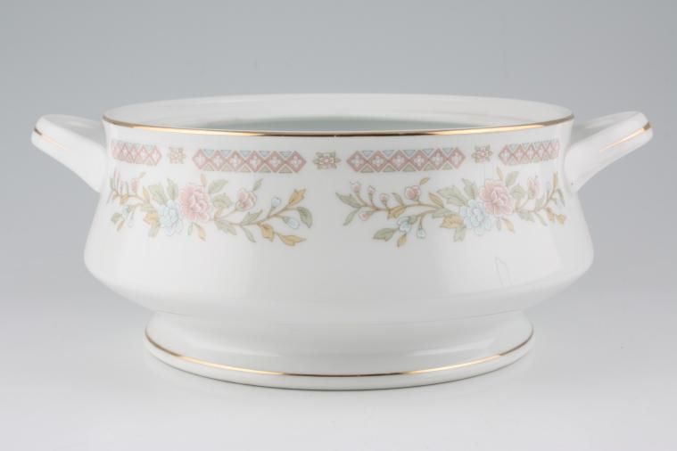 BHS - Carrington - Vegetable Tureen Base Only
