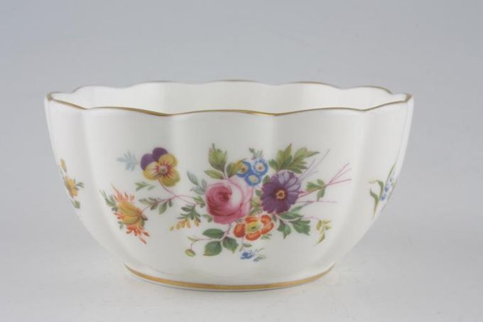 Minton Marlow - Fluted and Straight Edge Bowl (Giftware) Scalloped 4 1/2""