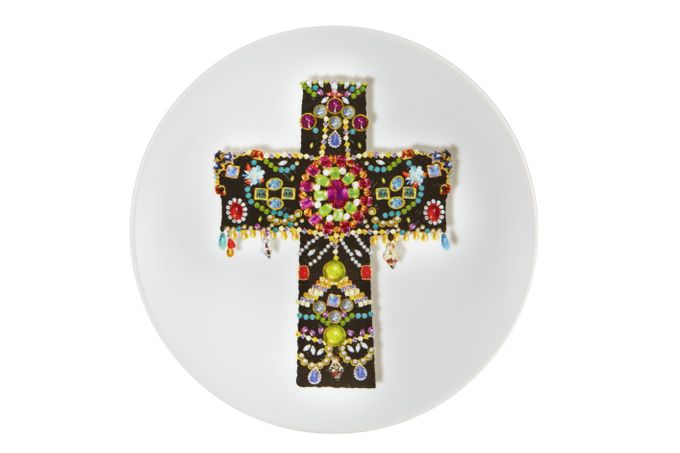 Christian Lacroix Love Who You Want Plate - Giftware Black Cross - Gift Boxed 23cm