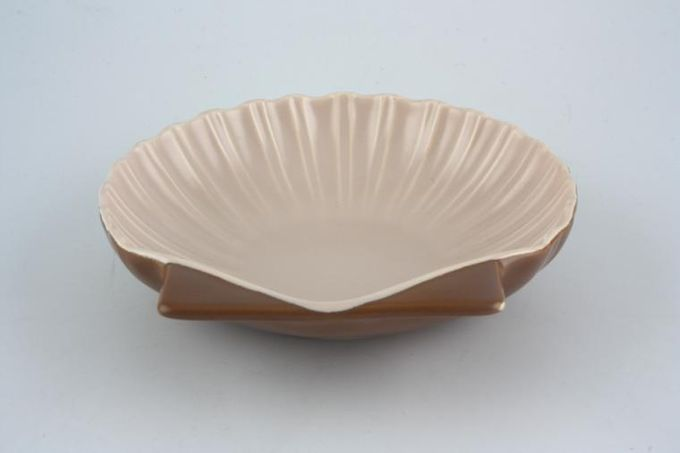Poole Mushroom and Sepia - C54 Serving Dish Shell dish 6 1/2""