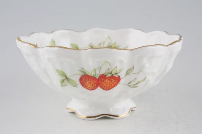 """Queens Virginia Strawberry - Gold Edge - Embossed Bowl (Giftware) Footed 4 7/8"""""""