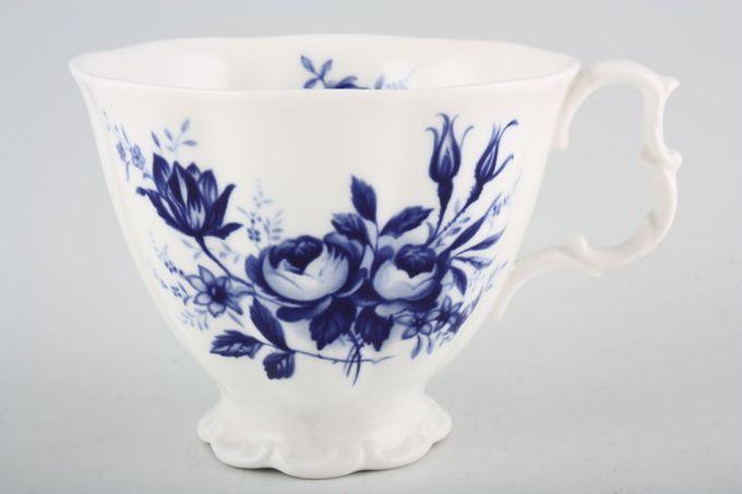"Royal Albert Connoisseur Teacup 3 5/8 x 2 7/8"""