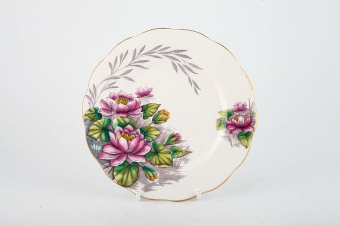 Royal Albert Flower of the Month Series - Hand Painted - Water Lily No.7 Tea / Side / Bread & Butter Plate 6 1/4""
