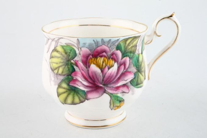 Royal Albert Flower of the Month Series - Hand Painted - Water Lily No.7 Teacup 3 x 2 3/4""