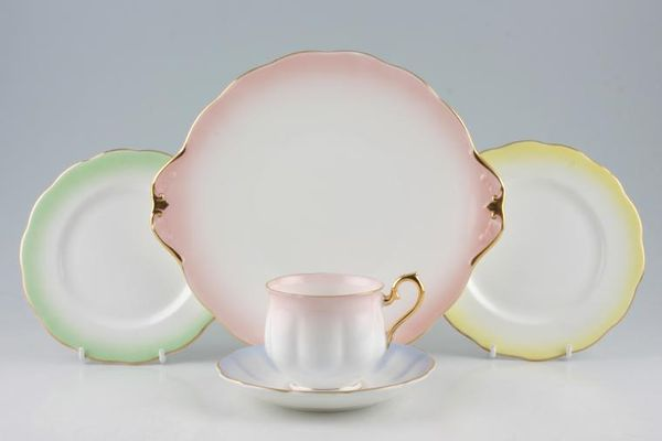 Royal Albert Rainbow - Hampton Shape