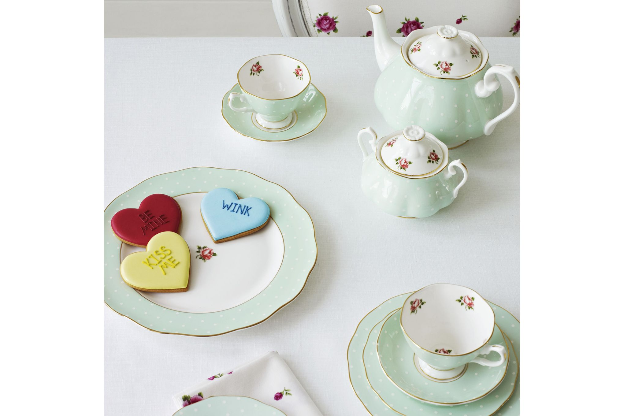 Royal Albert Polka Rose 3 Piece Tea set Teapot, Sugar Bowl and Creamer - Polka Rose thumb 2