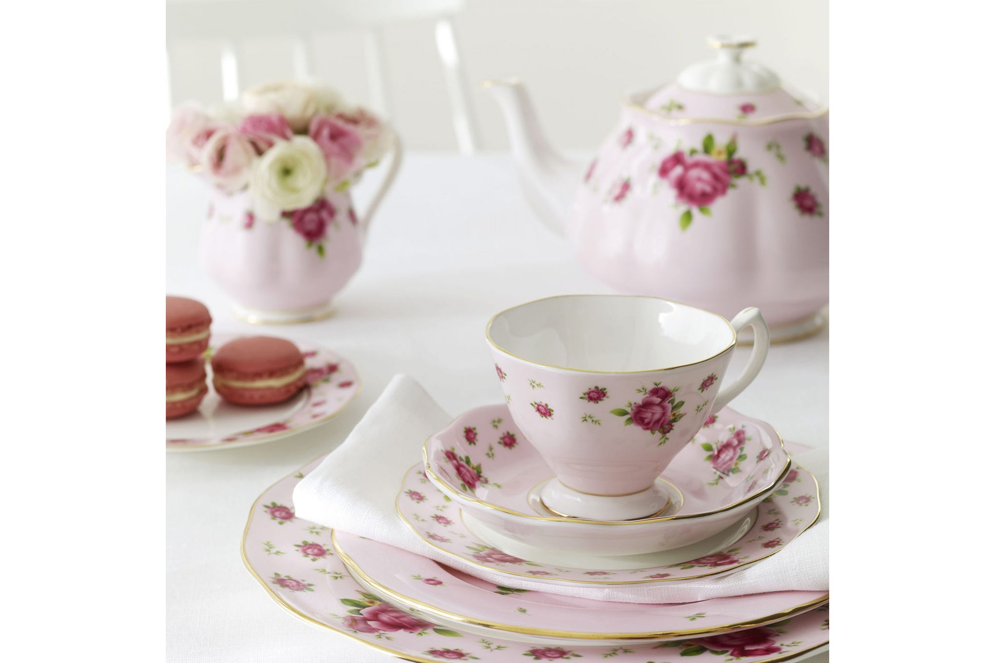 Royal Albert New Country Roses Pink 3 Piece Tea set Teapot, Sugar, Creamer thumb 2