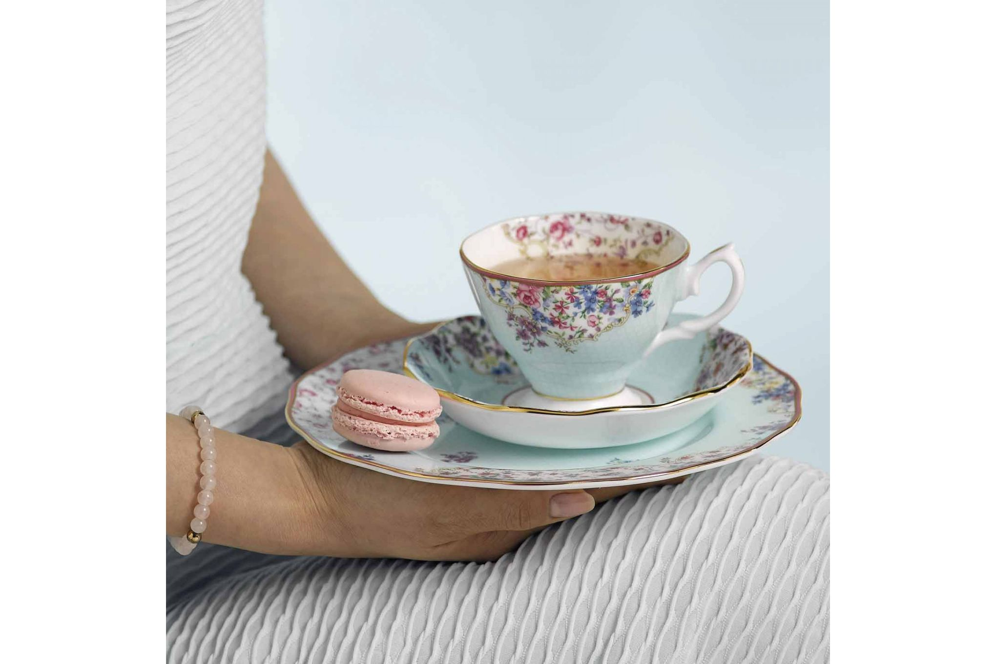 Royal Albert Candy Collection 3 Piece Set Sitting Pretty, Teacup, Saucer & Plate 20cm thumb 3