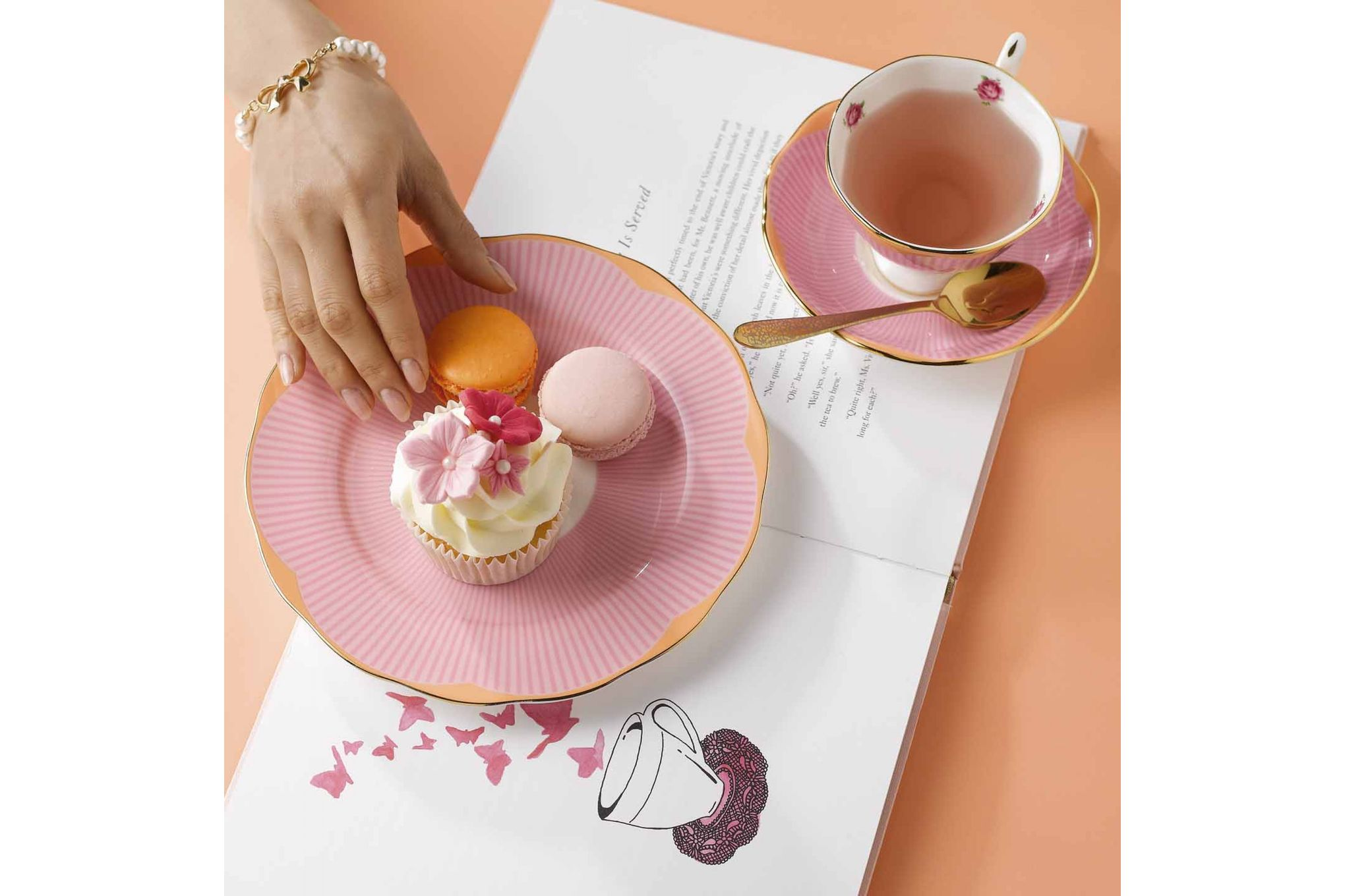 Royal Albert Candy Collection 3 Piece Set Sweet Stripe, Teacup, Saucer & Plate 20cm thumb 3