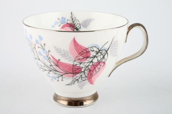 "Royal Albert Fancy Free Teacup Plain Edge 3 3/8 x 2 3/4"""
