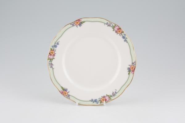 "Royal Albert Hartington Tea / Side / Bread & Butter Plate 7 1/4"""