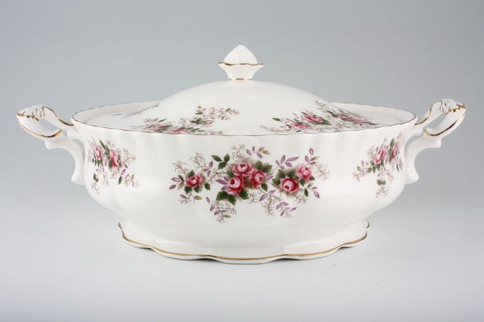 Royal Albert Lavender Rose Vegetable Tureen with Lid