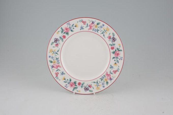 "Royal Albert Marguerite Starter / Salad / Dessert Plate 8"""