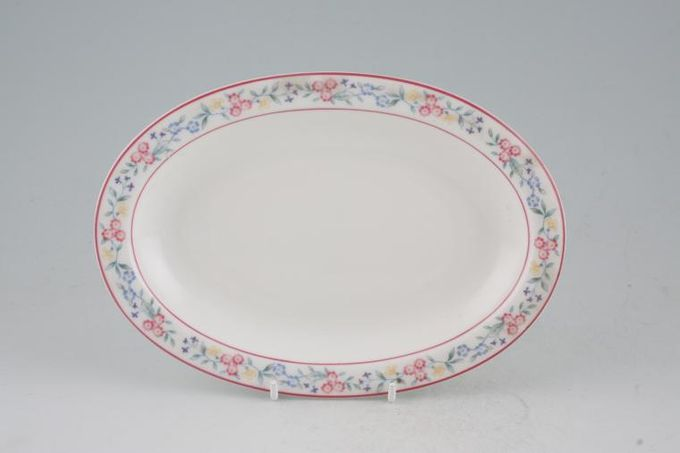 Royal Albert Marguerite Sauce Boat Stand