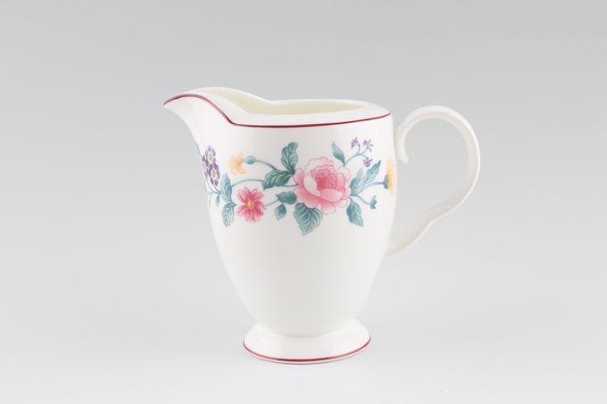 Royal Albert Marguerite Milk Jug 1/2pt