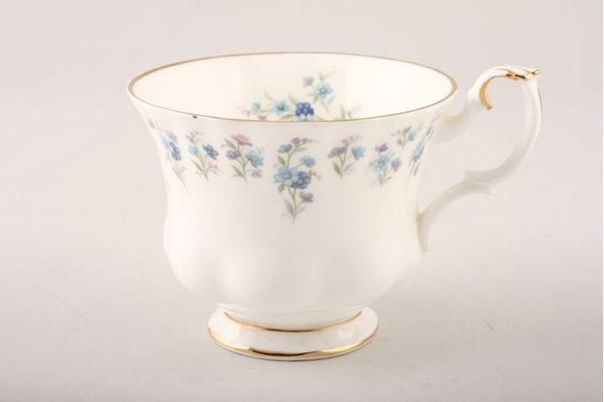 "Royal Albert Memory Lane Teacup 3 1/2 x 3"""