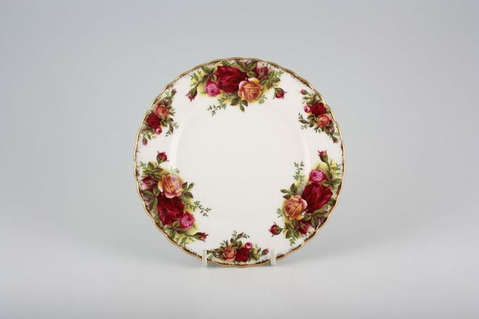 Royal Albert Old Country Roses - Made in England Tea / Side / Bread & Butter Plate 6 1/4""