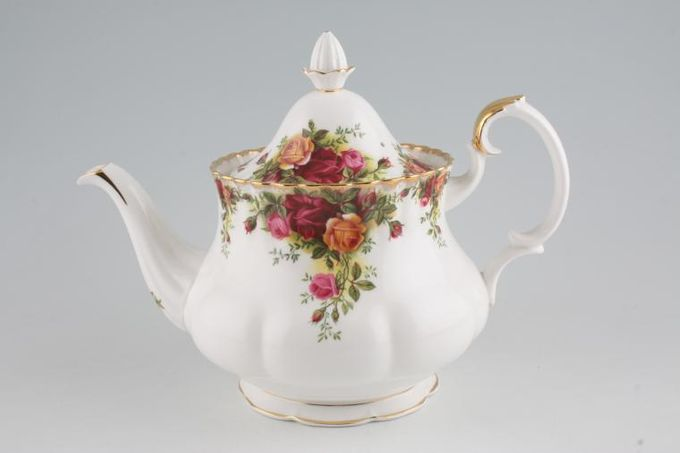 Royal Albert Old Country Roses - Made in England Teapot 2pt