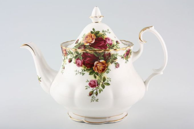 Royal Albert Old Country Roses - Made in England Teapot 1 1/2pt