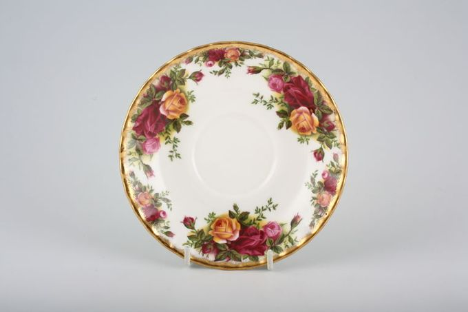 """Royal Albert Old Country Roses - Made in England Tea Saucer 5 1/2"""""""