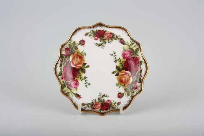 Royal Albert Old Country Roses - Made in England Dish (Giftware) Fancy edge 4 1/2""