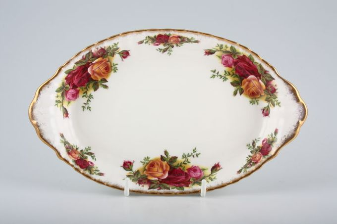 Royal Albert Old Country Roses - Made in England Dish (Giftware) Oval eared dish 8 5/8 x 5 1/8""