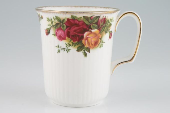 Royal Albert Old Country Roses - Made in England Mug 3 3/8 x 3 3/4""