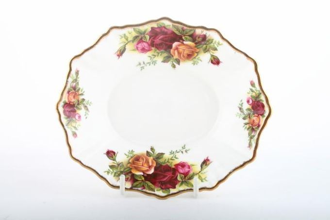 Royal Albert Old Country Roses - Made in England Dish (Giftware) Oval 5 5/8 x 4 5/8""