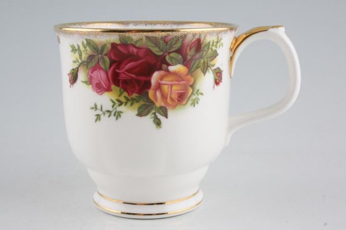 "Royal Albert Old Country Roses - Made in England Mug 3 3/8 x 3 3/8"""