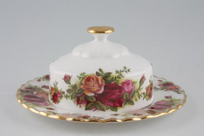 """Royal Albert Old Country Roses - Made in England Muffin Dish + Lid Use 6 1/4"""" Plates as base 6 1/4"""""""