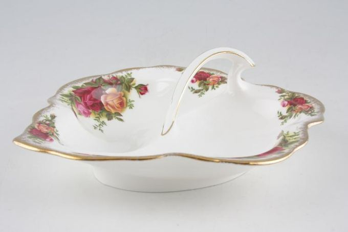 Royal Albert Old Country Roses - Made in England Dish (Giftware) 2 Section Leaf Shaped Dish With Handle 7""
