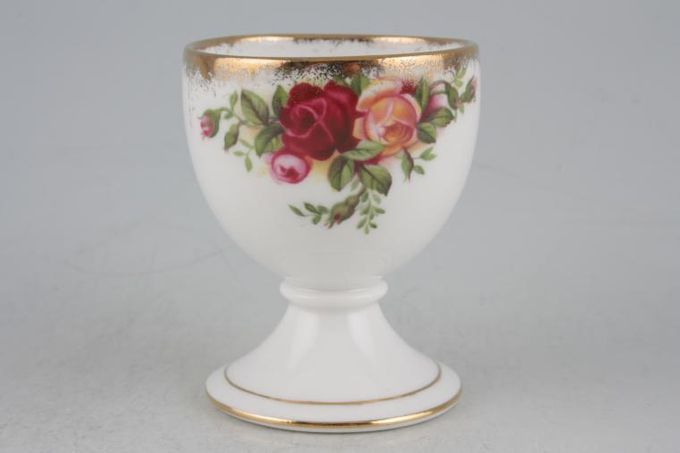Royal Albert Old Country Roses - Made in England Egg Cup Round shape - footed.